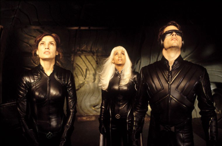 Famke Janssen, Halle Berry, and James Marsden in X-Men (2000)
