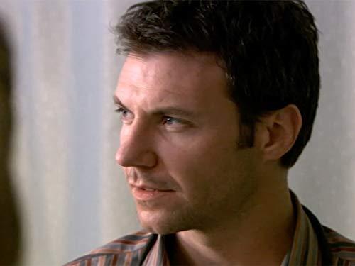 Chris Vance in All Saints (1998)