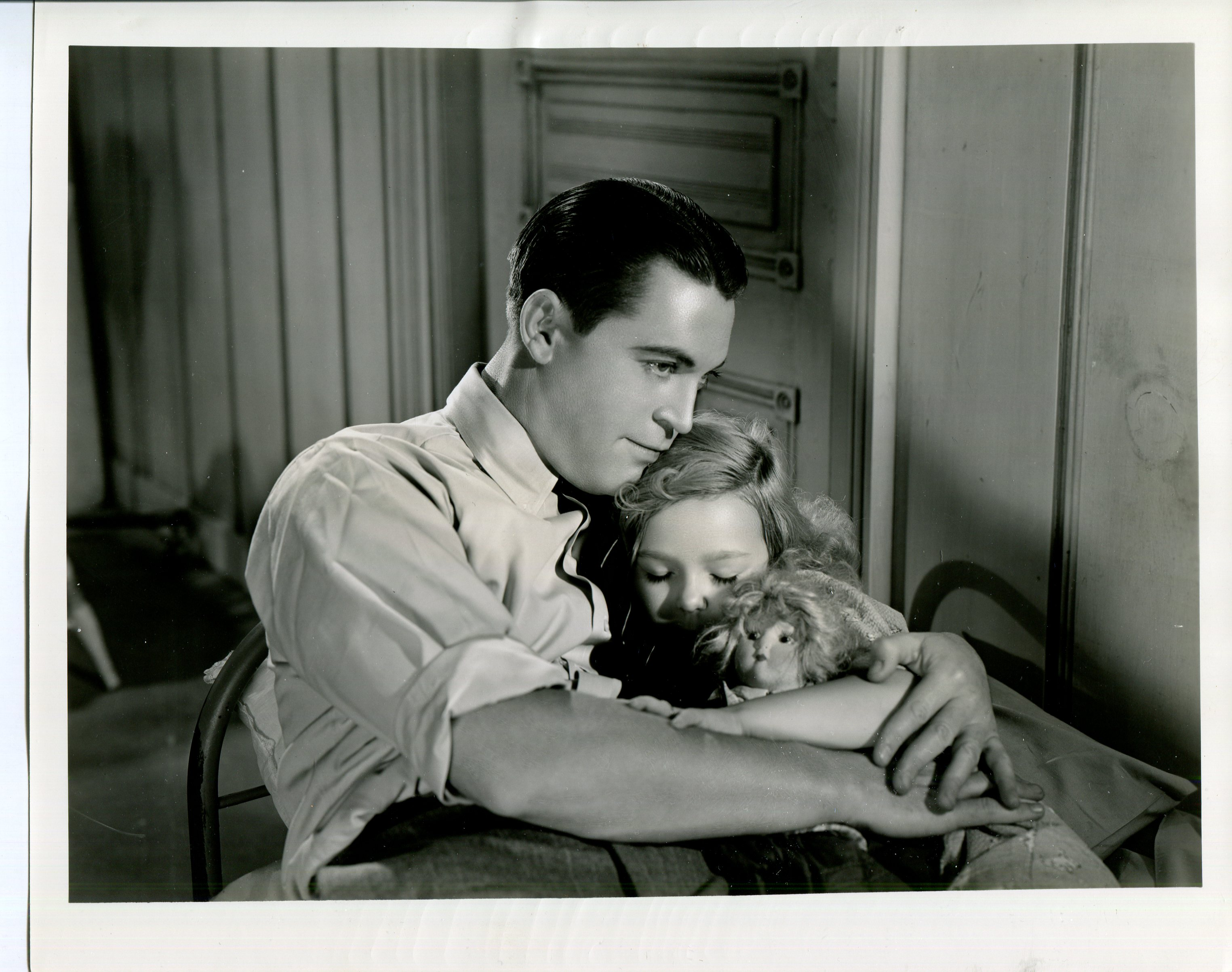 Chester Morris and Patsy O'Connor in I Promise to Pay (1937)