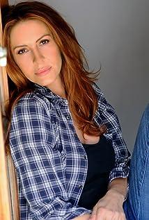 Michelle Clunie Picture