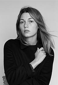 Primary photo for Mathilde Ollivier