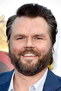 Tyler Labine Picture