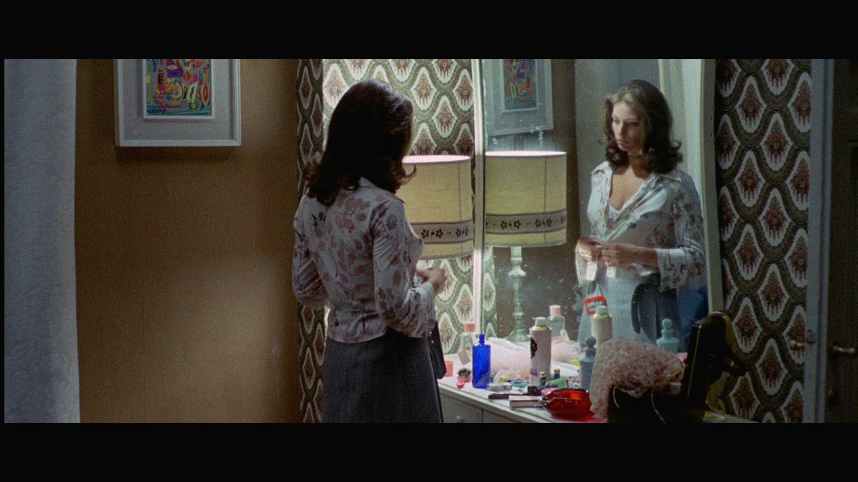 Rosita Torosh in L'uccello dalle piume di cristallo (1970)