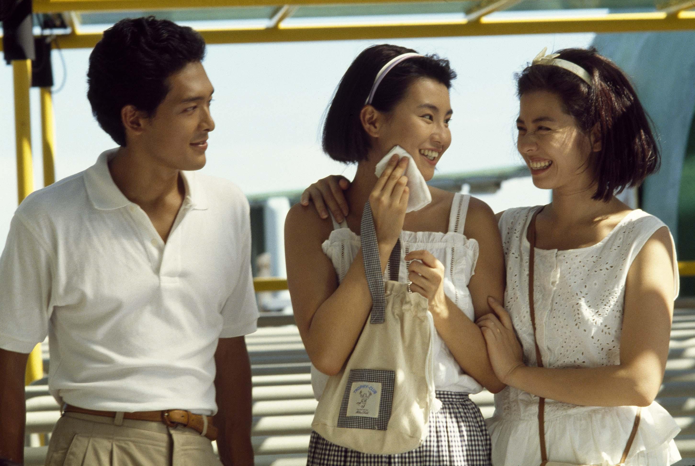 Maggie Cheung, Cherie Chung, and Shingo Tsurumi in Liu jin sui yue (1988)