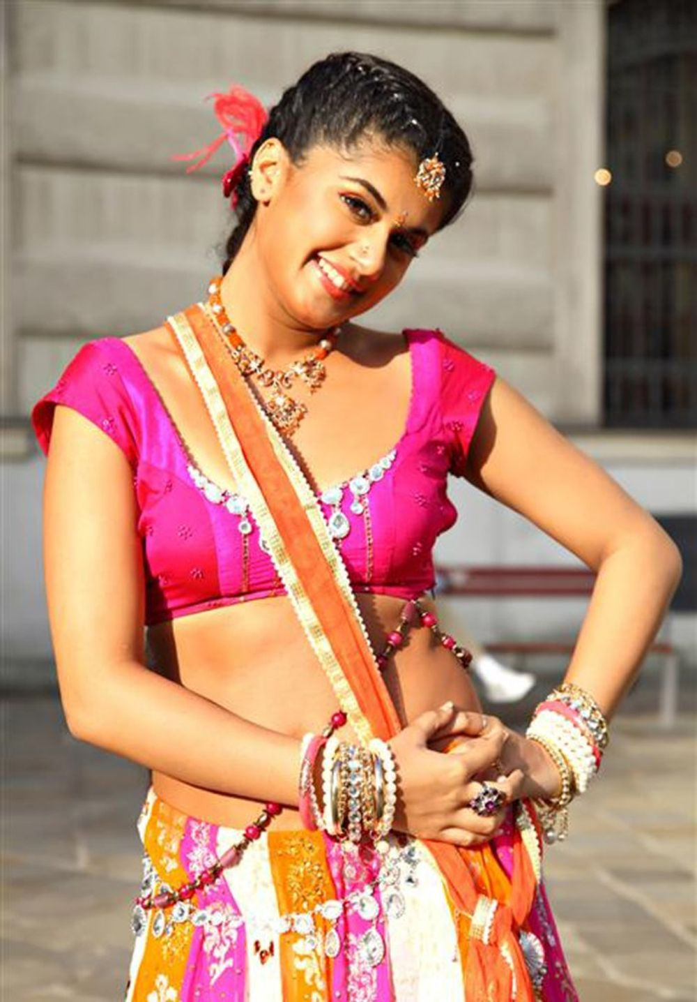 Taapsee Pannu in Vastadu Naa Raju (2011)