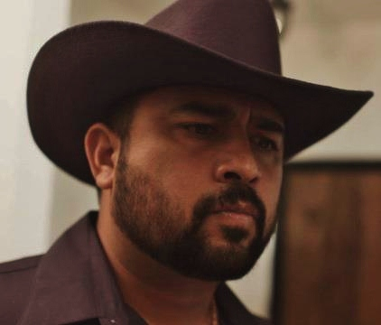 David Fernandez Jr. in El Hombre De Negro
