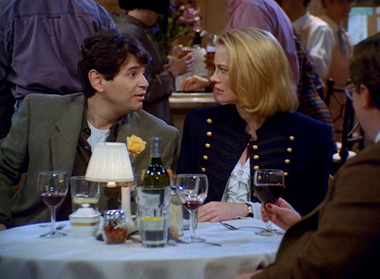 Cybill Shepherd and Alan Rosenberg in Cybill (1995)