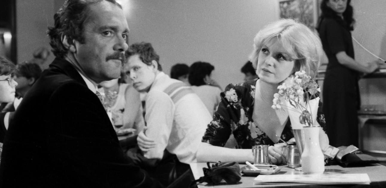 Gabriela Kownacka and Zdzislaw Wardejn in Bo oszalalem dla niej (1980)