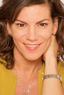Eileen Weisinger Picture