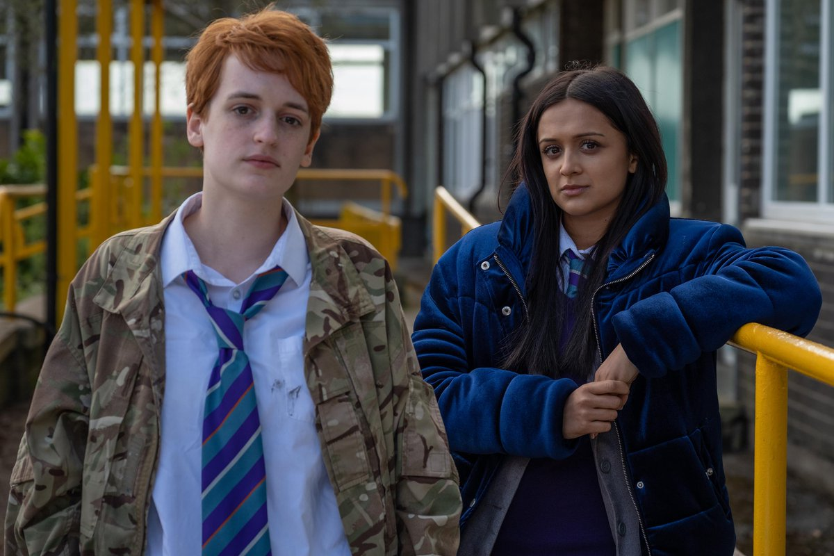 Ackley Bridge (2017) Online Subtitrat in Romana