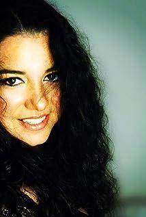 Gena Vazquez Picture
