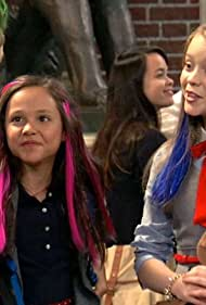 Jade Pettyjohn, Breanna Yde, and Ricardo Hurtado in School of Rock (2016)
