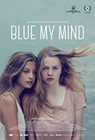Luna Wedler and Zoë Pastelle Holthuizen in Blue My Mind (2017)
