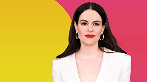 """Emily Hampshire Reveals What She Stole From the Set of """"Schitt's Creek"""""""