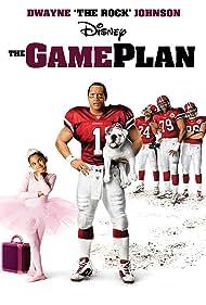 Dwayne Johnson, Brian White, Jamal Duff, Hayes MacArthur, and Madison Pettis in The Game Plan (2007)