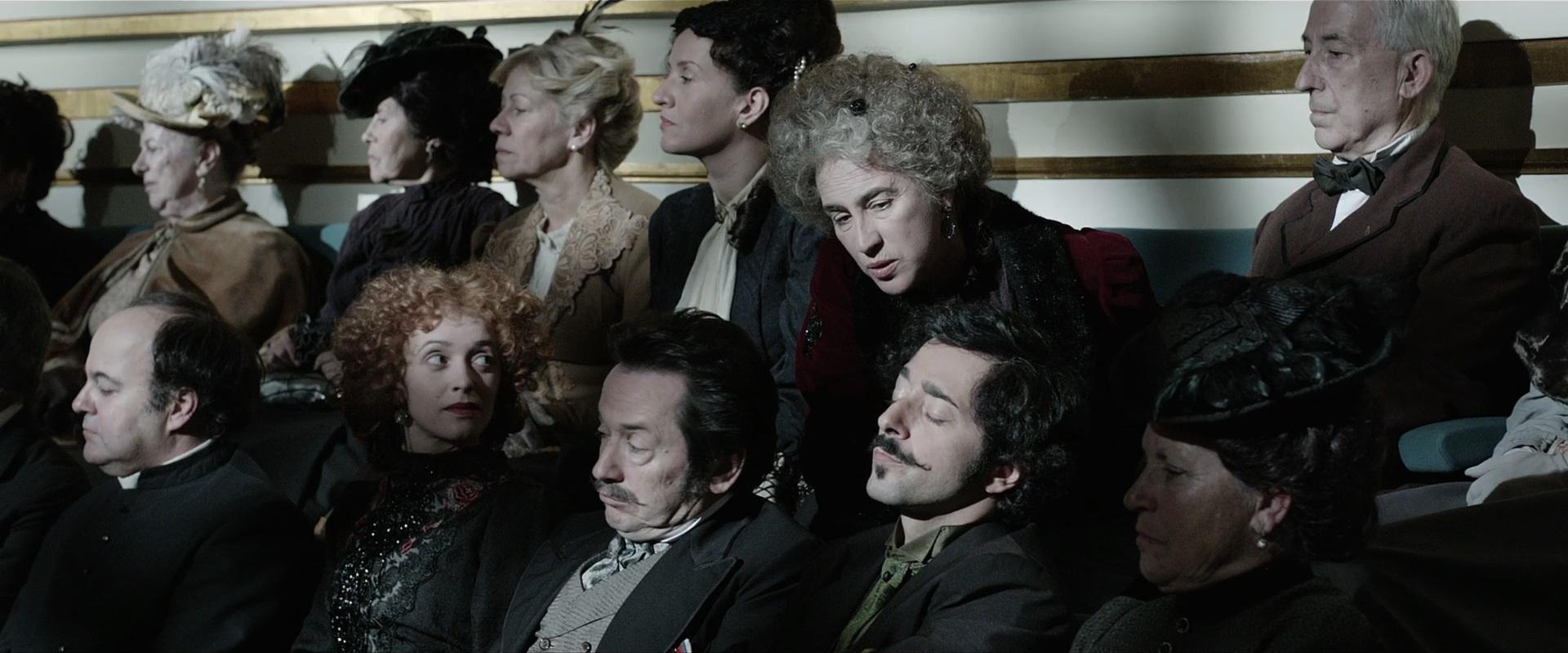 Rita Blanco, Adriano Luz, Miguel Monteiro, Maria João Pinho, Alexandra Sargento, and Pedro Inês in Os Maias: Cenas da Vida Romântica (2014)