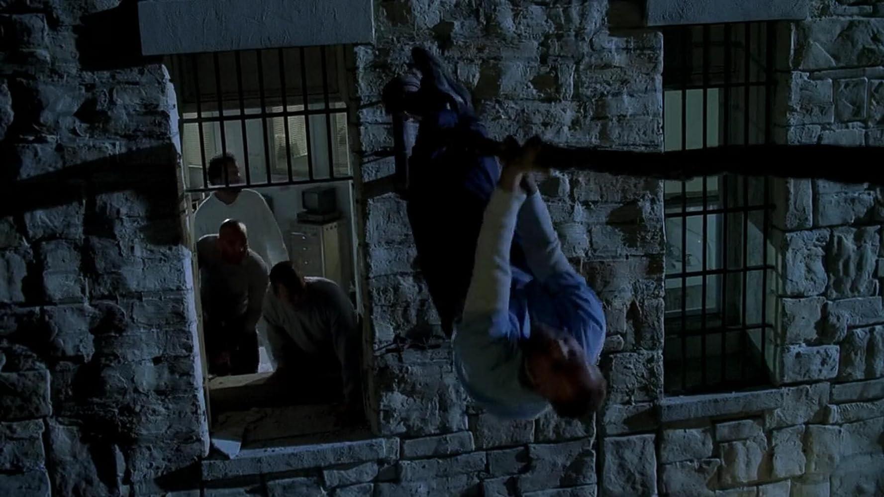 Peter Stormare, Wentworth Miller, Silas Weir Mitchell, and Amaury Nolasco in Prison Break (2005)