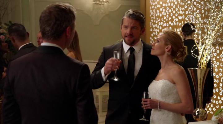 Zachary Knighton and Sally Pressman in The Catch (2016)