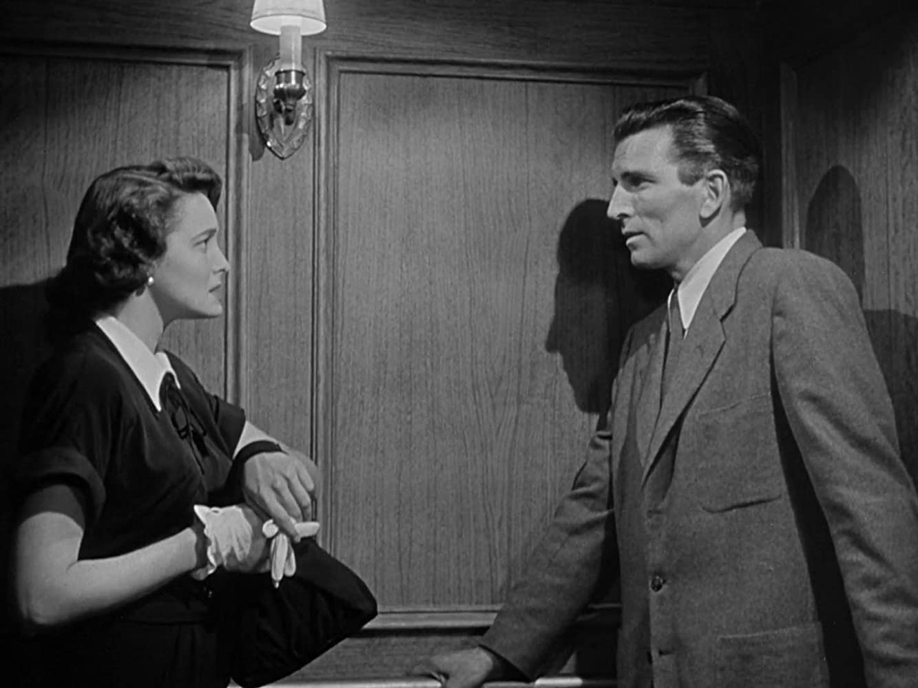 Patricia Neal and Michael Rennie in The Day the Earth Stood Still (1951)