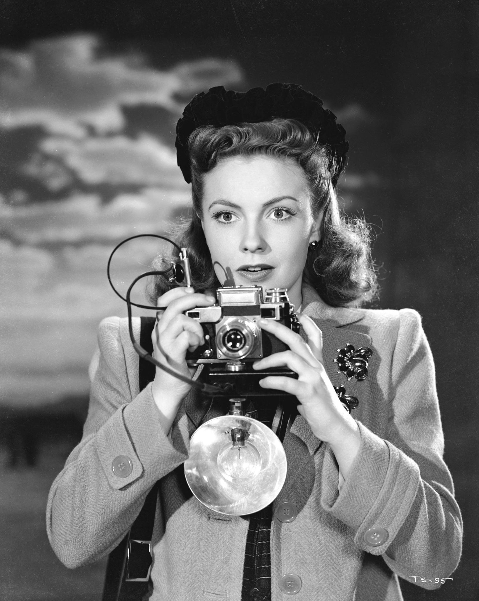 Joan Leslie in The Sky's the Limit (1943)