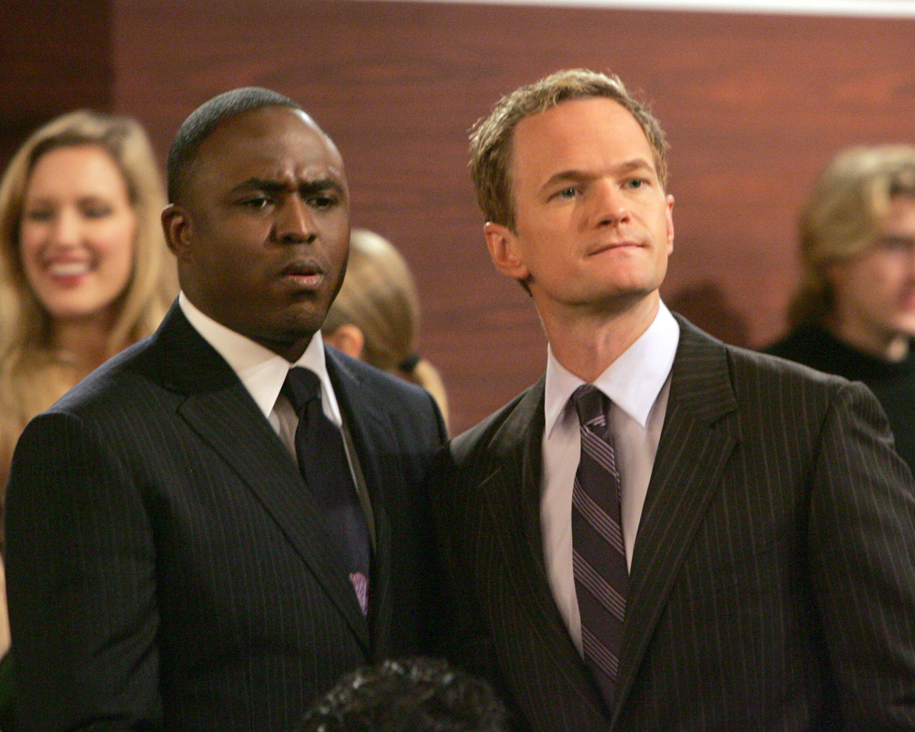 when do barney and robin first hook up