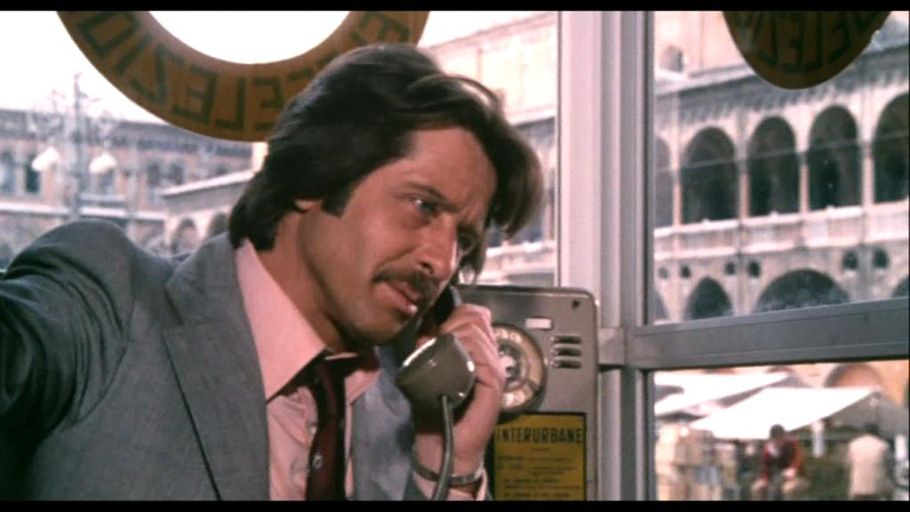 Corrado Pani in Il gatto dagli occhi di giada (1977)