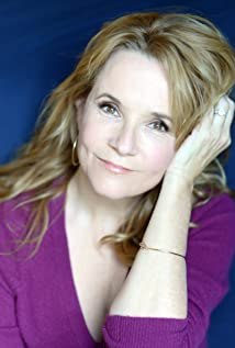 Lea Thompson New Picture - Celebrity Forum, News, Rumors, Gossip