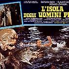 Barbara Bach and Richard Johnson in L'isola degli uomini pesce (1979)