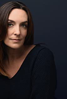 Julia Murney Picture