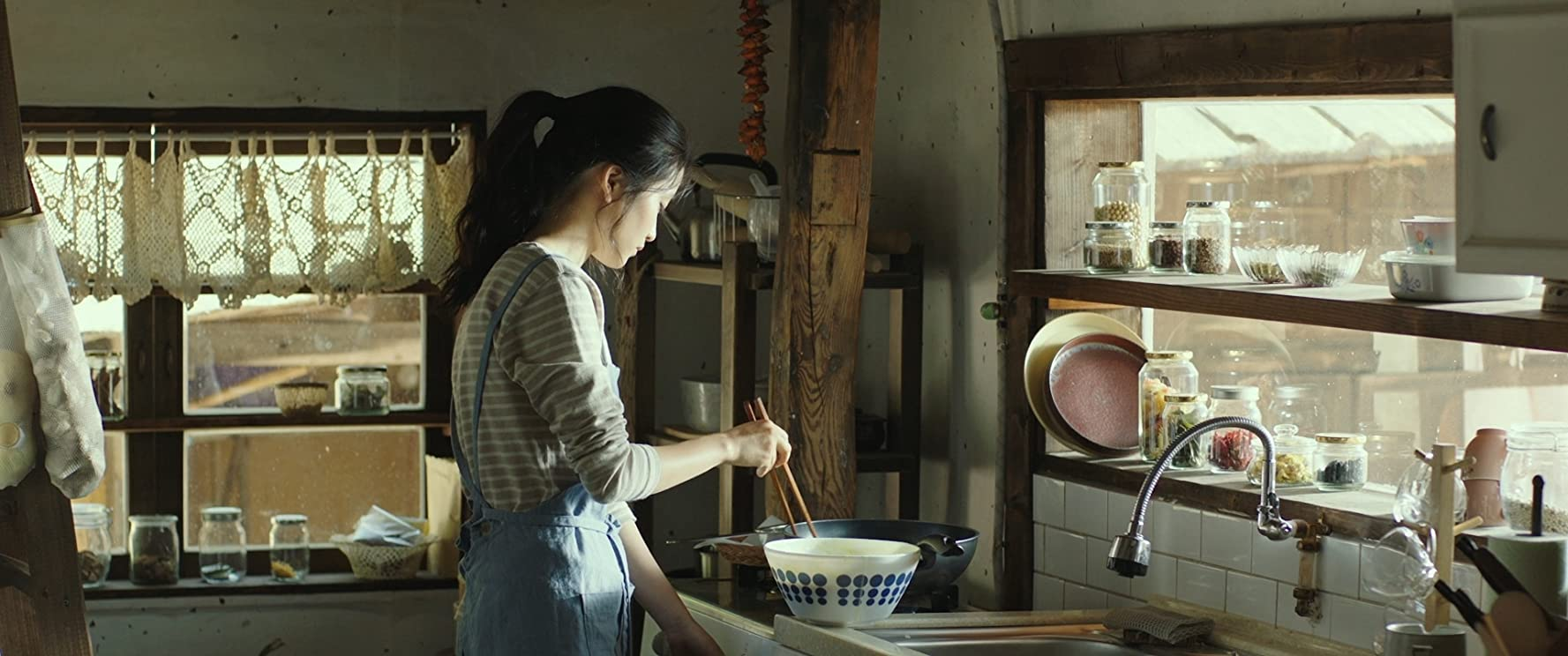 Kim Tae Ri dalam film Little Forest