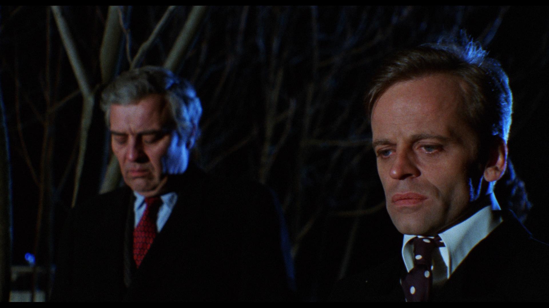 Klaus Kinski and Sydney Chaplin in A doppia faccia (1969)