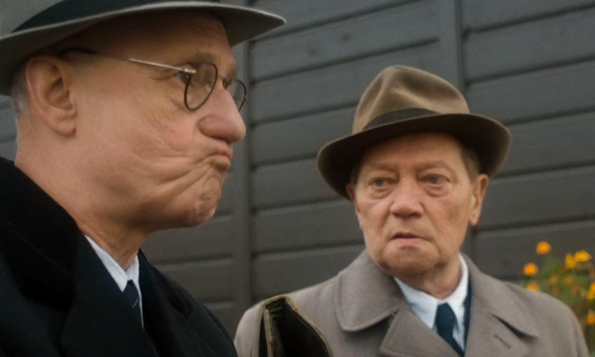 Rudolf Hrusínský and Karel Kachyna in Obecná skola (1991)