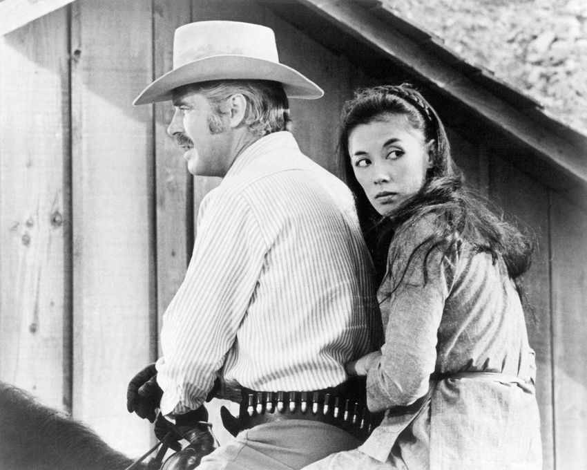 George Peppard and France Nuyen in One More Train to Rob (1971)
