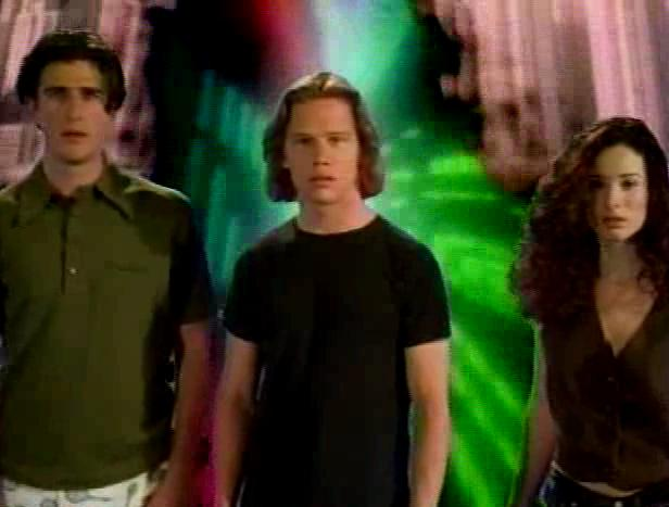 Jack Noseworthy, Sydney Bennett, and David Kriegel in Dead at 21 (1994)