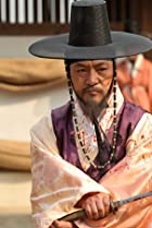 Kyeong-Yeong Lee