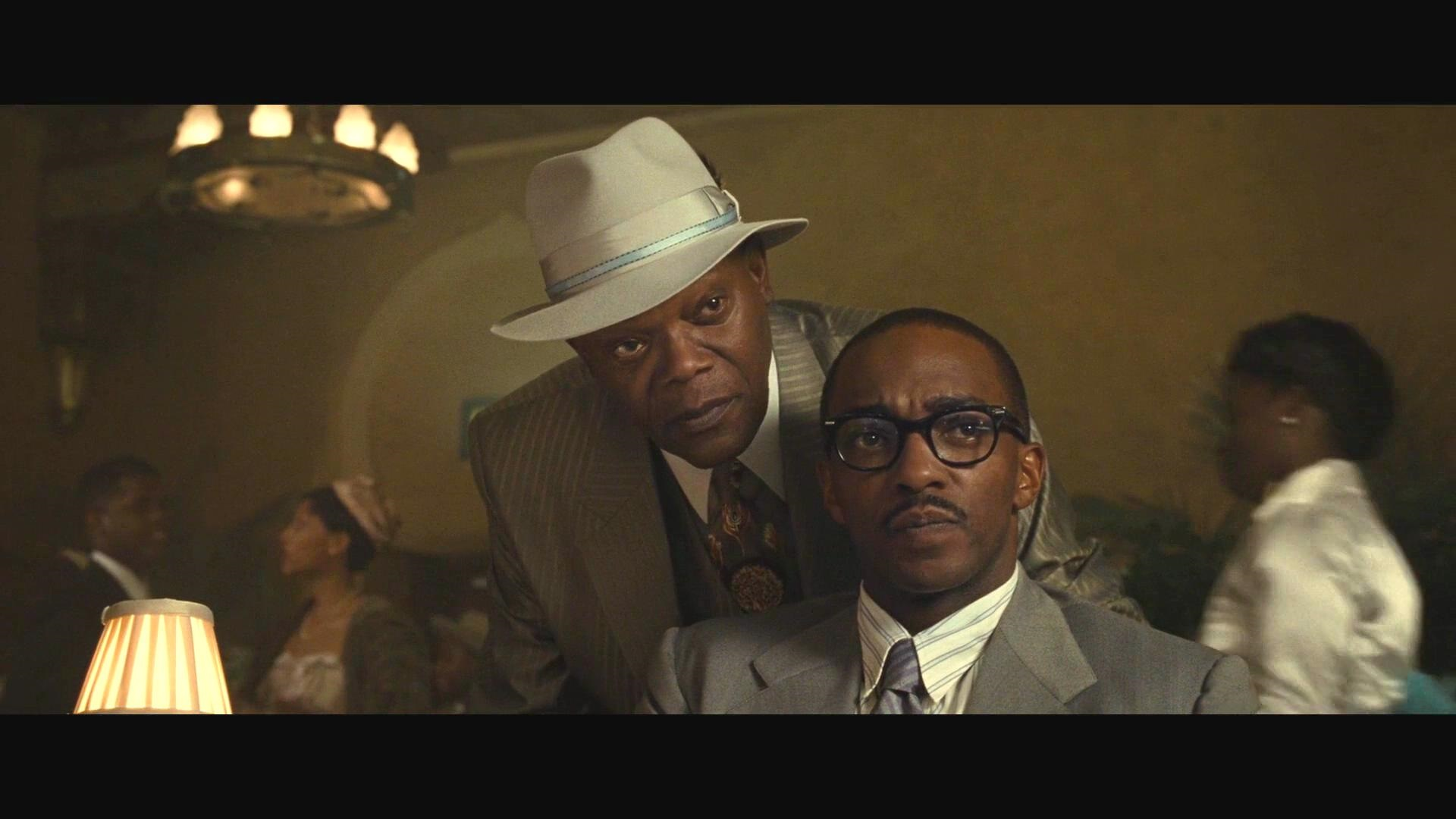 Samuel L. Jackson and Anthony Mackie in The Banker (2020)