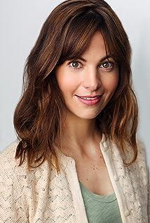 Erika Thormahlen Picture