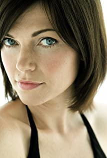 Nicole de Boer Picture