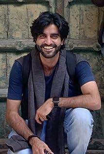 Arjun Suri Picture