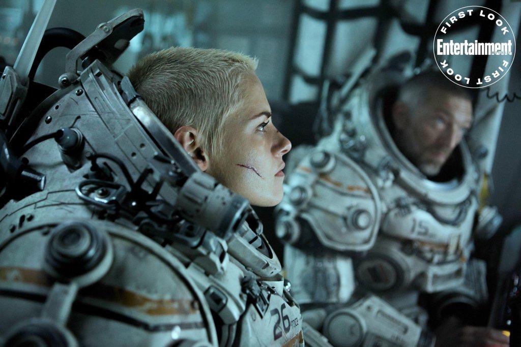 Kristen Stewart di film Underwater (2020).