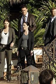 Robin Tunney, Simon Baker, Amanda Righetti, and Owain Yeoman in The Mentalist (2008)