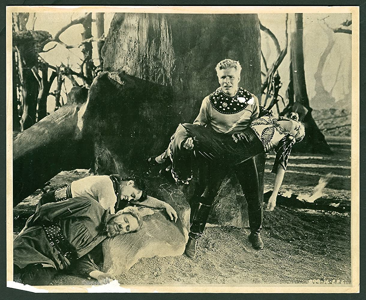 Buster Crabbe, Donald Kerr, Jean Rogers, and Frank Shannon in Flash Gordon's Trip to Mars (1938)