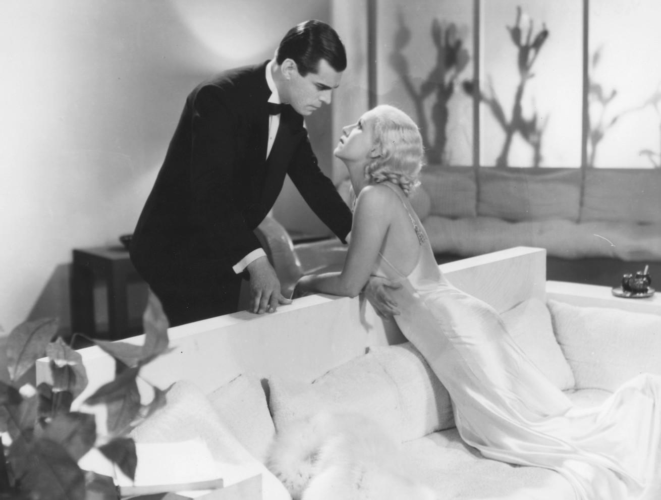 Blanca de Castejón and José Gola in Por buen camino (1936)