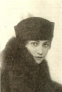 Ouida Bergère Picture