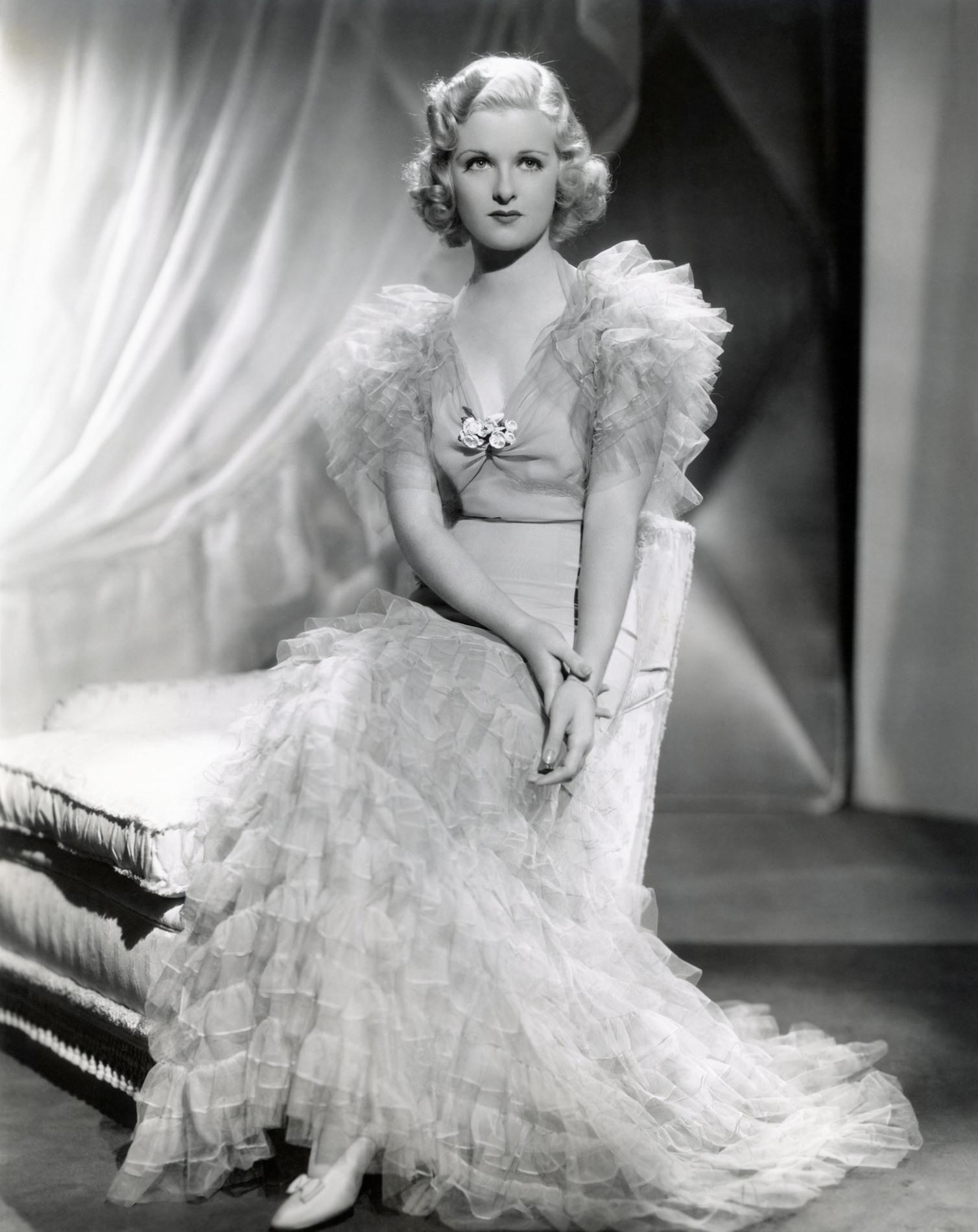 Joan Bennett in Private Worlds (1935)