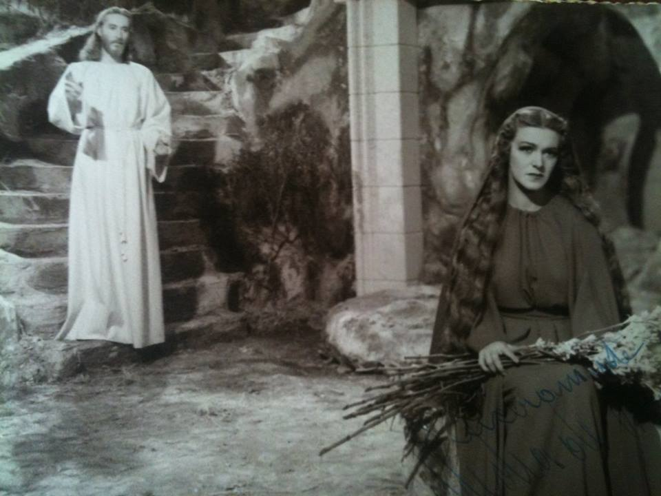 Luis Alcoriza and Medea de Novara in María Magdalena, pecadora de Magdala (1946)