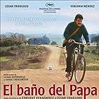 César Troncoso in El baño del Papa (2007)