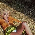 Barbara Bouchet in Quelli che contano (1974)