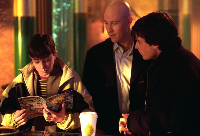 Smallville 1×16 – Extraviado