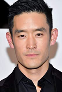 Mike Moh Picture